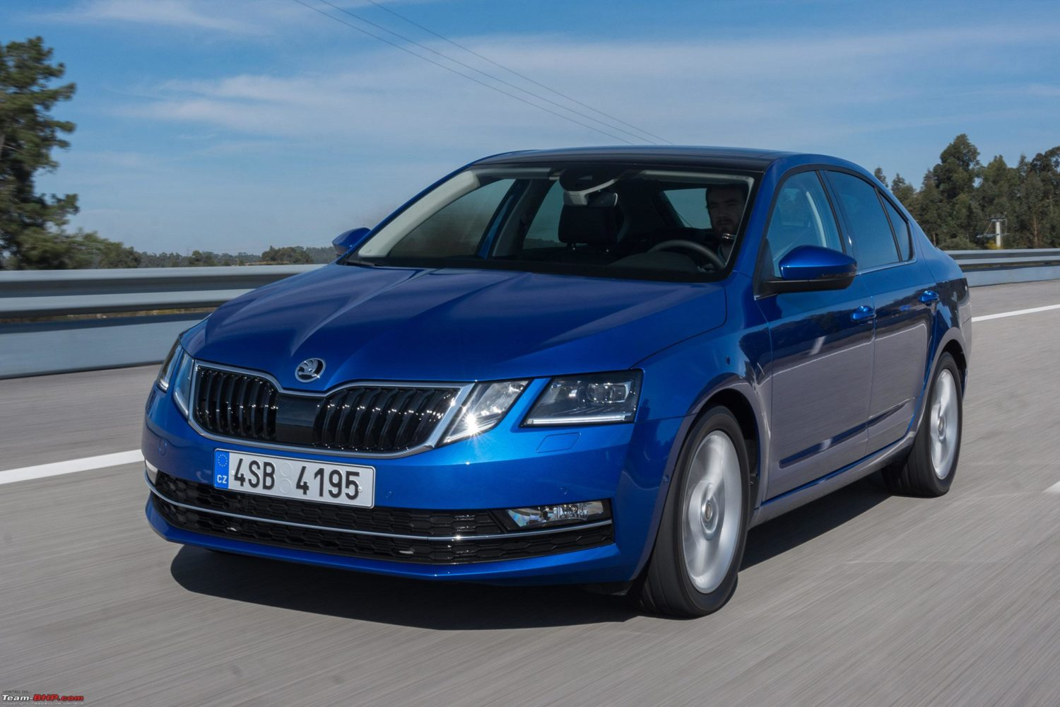 the new skoda octavia facelift koda owners 39 club. Black Bedroom Furniture Sets. Home Design Ideas